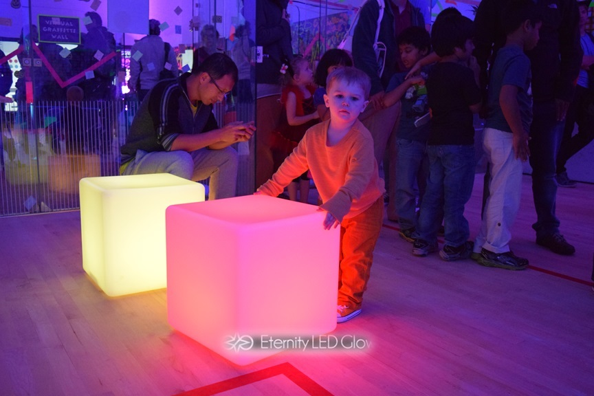 led cubes event 4