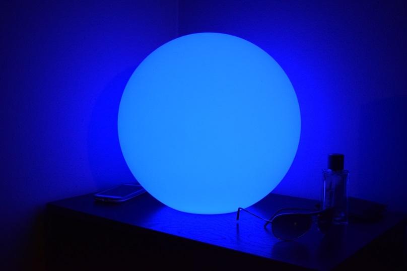 Led Light Up Ball Glow Blue 14