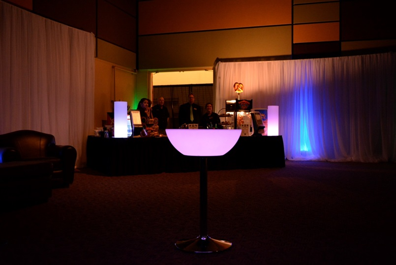 24 Quot Led Light Up Cocktail Table Eternity Led