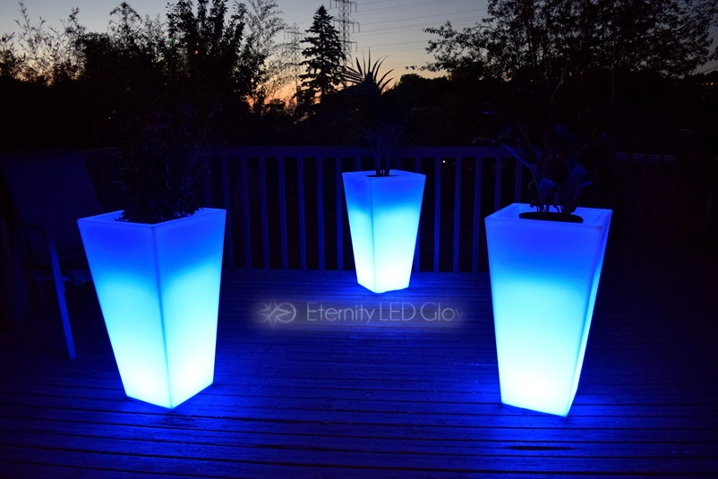 Light Up Flower Pot 31 Quot Led Flower Pot Glow Planter