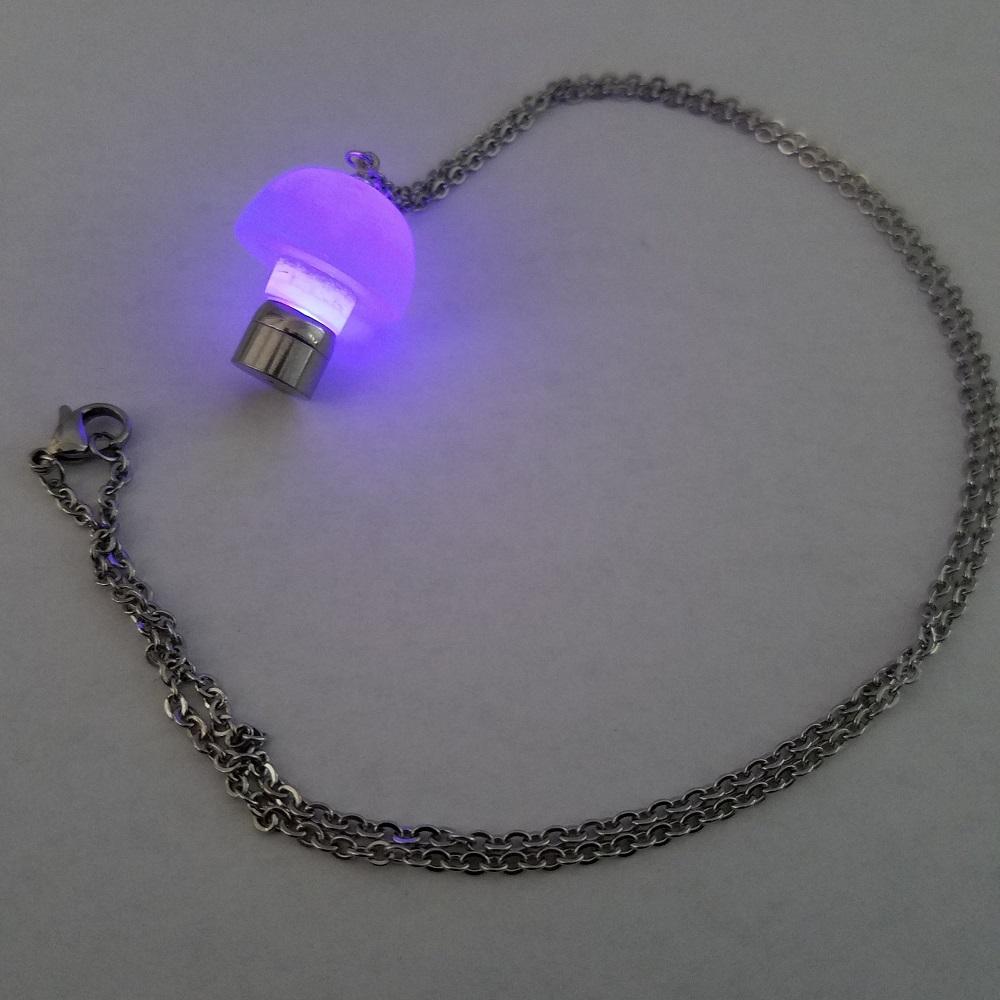 Led Light Up Mushroom Pendant Necklace Glow Mushroom